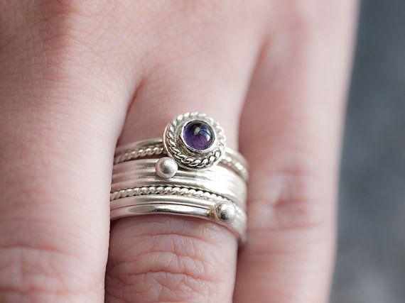 Impilare anelli ametista Set di 4 argento impressionante elegante accatastamento anelli con ametista romantici gioielli fatti a mano