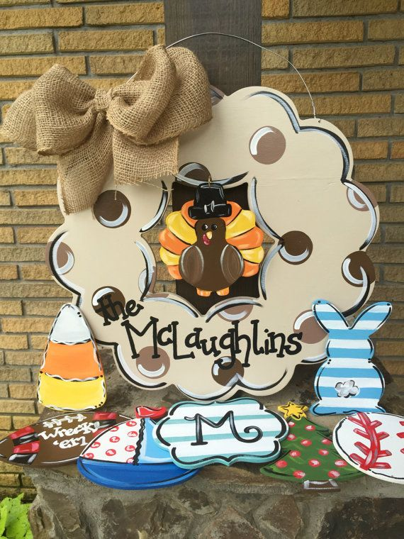 Wooden wreath with interchangeable designs door by aWhitofWhimsy