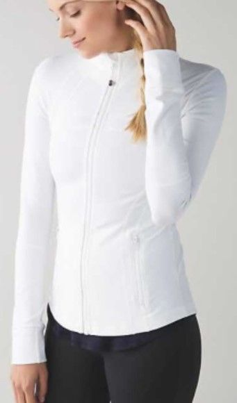 Lululemon Define Jacket Summer 2017 The best street style activewear so can go from day to night. Stylish athletic clothing ♡ athleisure outfit ♡ yoga apparel ♡ Pilates outfit ♡ women's workout clothes ♡ sportswear ♡ Athletic Wear ♡ Women's Exercise Clothing ♡ Fitness Apparel ♡ Yoga Top ♡ Sports Bra ♡ Yoga Pants ♡ leggings ♡ Gym gear