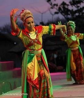 Lenggang Nyai dance, Jakarta
