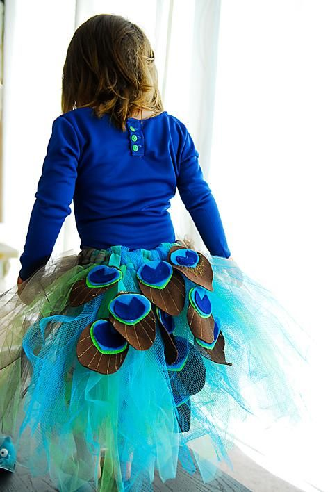 DIY Tutorial: DIY Girls Halloween Costumes / Handmade Dress Up: DIY Peacock Tutu Tutorial - Bead