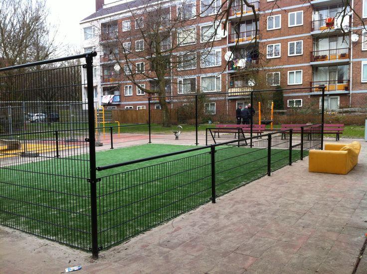 Mini voetbalveld met kunstgras