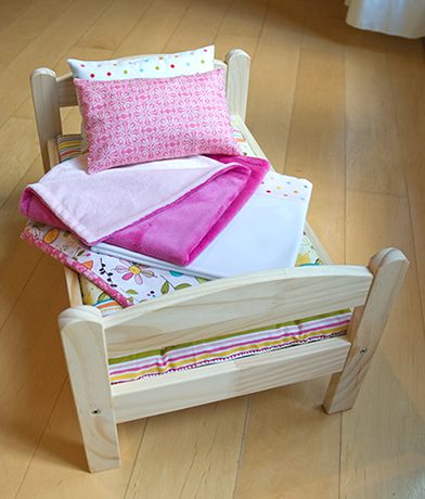 Free Doll Bedding Pattern, Summer Set