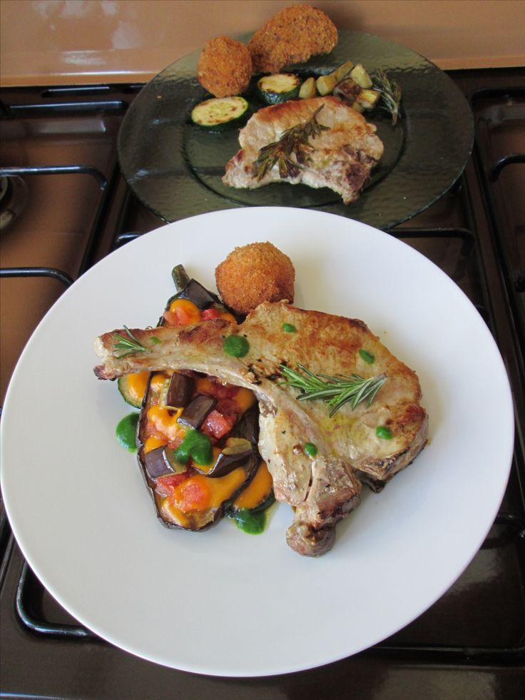 Costoletta di maiale e melenzane ,fritto di  crocchetta di patata  Gino D'Aquino