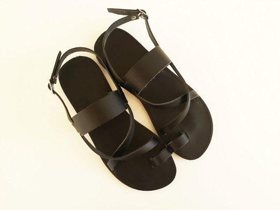 Women Leather Black Flat Sandals  Greek Sandals par Leatherhood