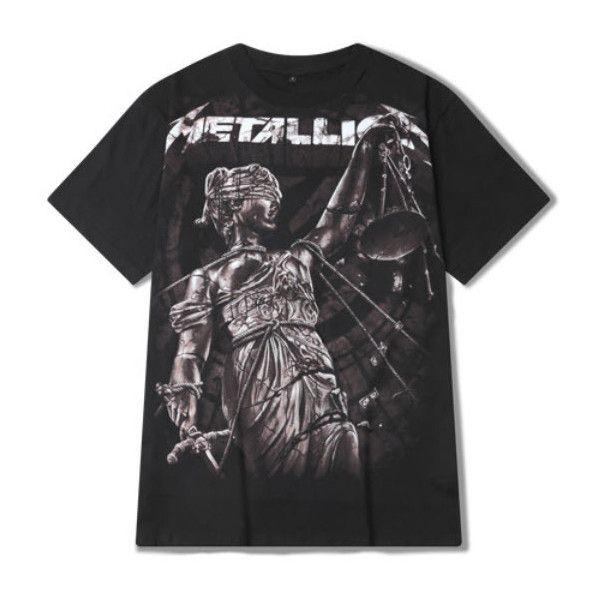 Metallica T-shirt ($44) ❤ liked on Polyvore featuring men's fashion, men's clothing, men's shirts, men's t-shirts, black, mens cotton shirts and mens cotton t shirts