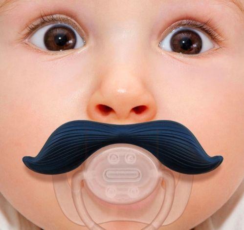 Baby mustache pacifier   http://ordanburdan.az/products/baby-mustache-pacifier/ Необычная соска с усами.