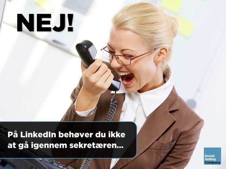 """Som sælger går du naturligvis altid efter at komme i direkte dialog med beslutningstageren.  Imidlertid gør sekretærer og andre """"gatekeepers"""" ofte dette til en meget svær øvelse.  Har du tænkt over, at det slipper du for ved at starte dialogen med beslutningstageren via LinkedIn?  Her er der ingen sekretærer, der kan forhindre kontakt eller dialog.  Og med en engagerende og interessant invitationsbesked, er der god chance for at komme i direkte dialog med beslutningstageren."""