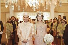 the bride dept hallida gusti pernikahan adat sunda banjar