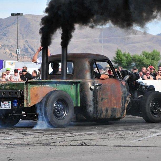 Rat Rod Burnout - Diesel Truck Gallery