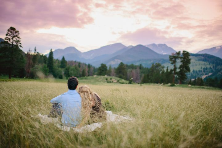Estes Park Engagement Photos | June Cochran Photography | Outdoor Colorado Engagement Pictures