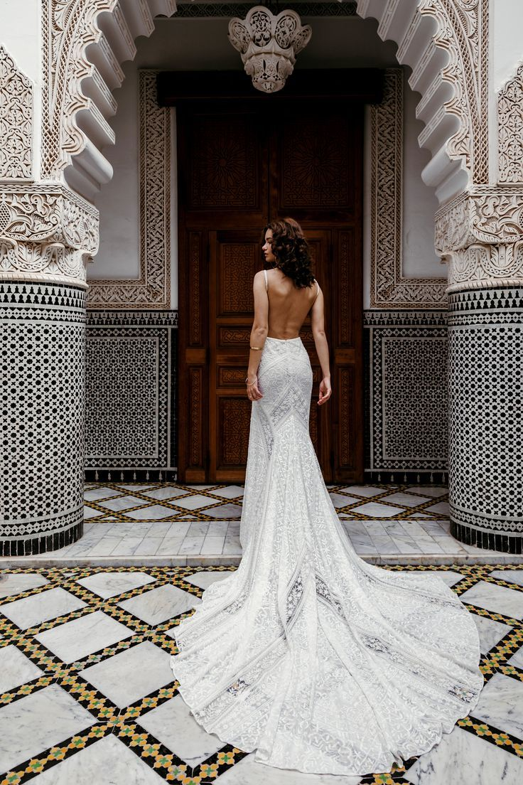 Build your own wedding dress  Pin by Kate Hester on D R E S S E S  Pinterest  Wedding dresses
