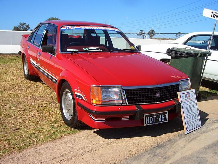 800px-1980_HDT_Commodore_VC_sedan_01-Mark-Brown.jpg (800×600)