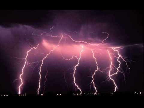 Live - Lightning Crashes With Lyrics