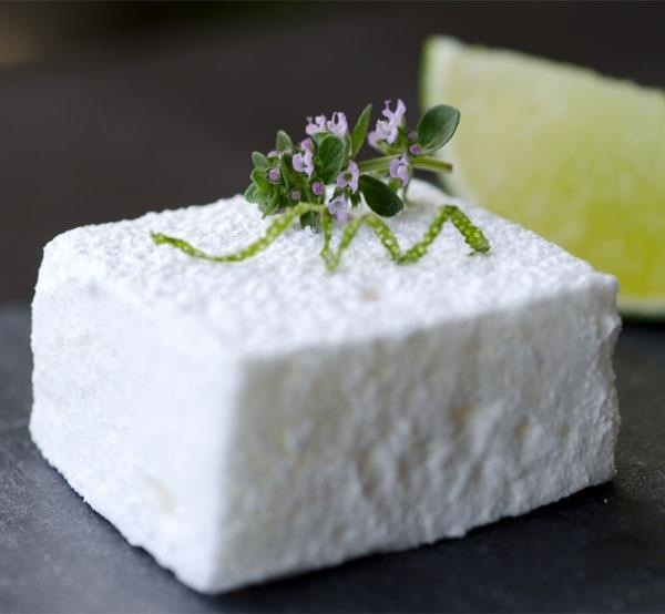 Marshmellow pisco sour