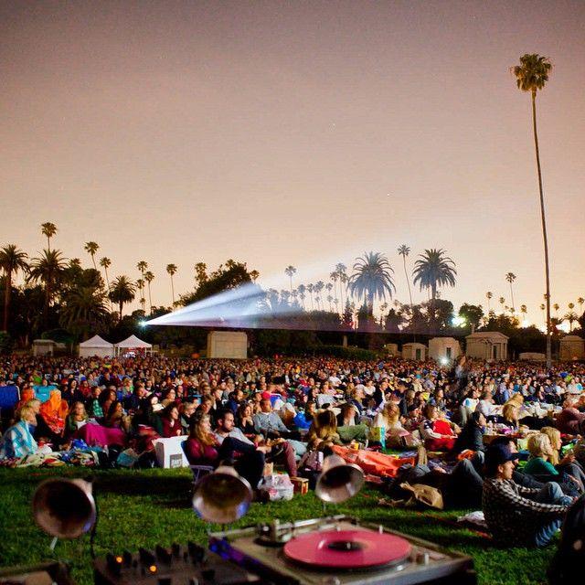 how to get free movie screenings in los angeles