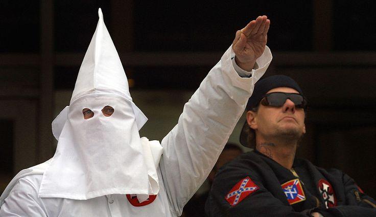 CAnadauenCE tv: Fantasmas do ódio: A história da Ku Klux Klan