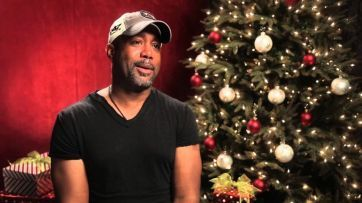 Social Media Erupts Because Black Singer Sings 'White Christmas' --------------------------------------------------- only piece of crap liberals would give a crap about him singing this....I LOVE YOU DARIUS!!! WONDERFUL SINGER AND I LOVE HIS COUNTRY ALBUMS...grow UP you bunch of whiners.