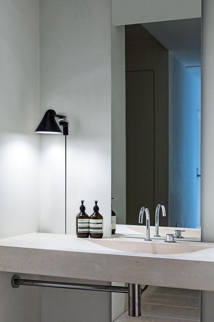 Luxury NJP short arm wandlamp LED Louis Poulsen