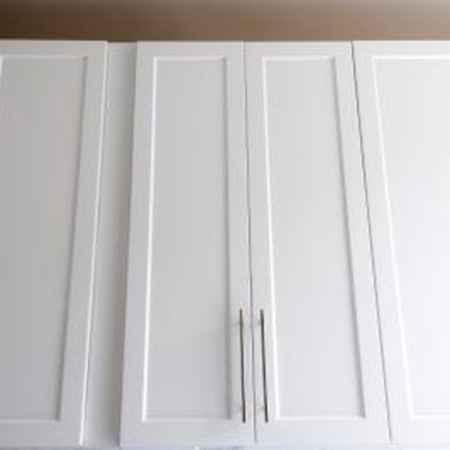 Adding Molding To Kitchen Cabinet Doors: 1000+ Ideas About Laminate Cabinet Makeover On Pinterest
