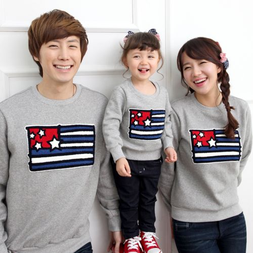 [FUNNYLOVE] STARS AND STRIPES SWEATER