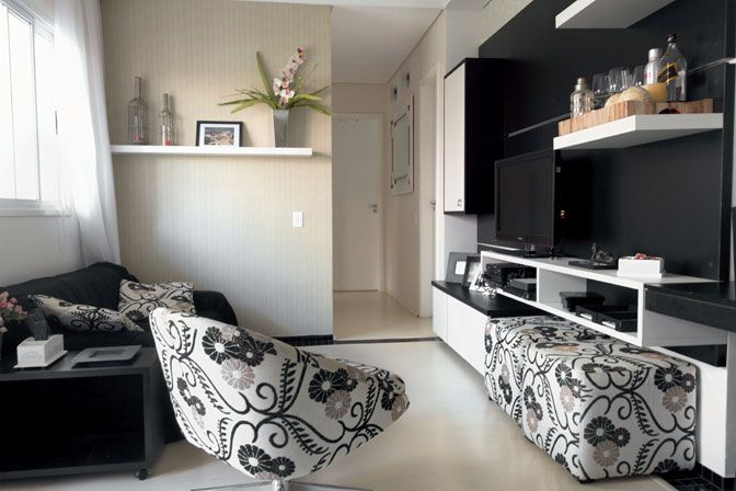 sala preta e branca: Home Decoration, Decor Ideas, Sala Apartamento, Branca, Black And White, Black White, Sala Preta, Be, Room