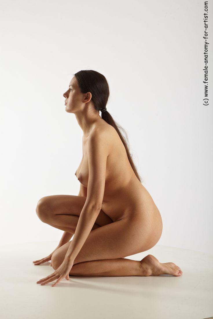 lisa-left-eye-poses-nude