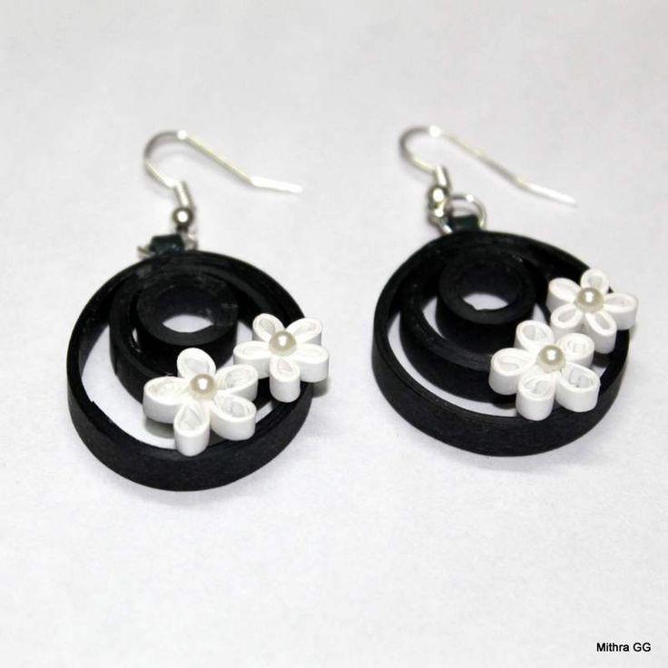 https://flic.kr/p/s8WveK | Paper quilled earring