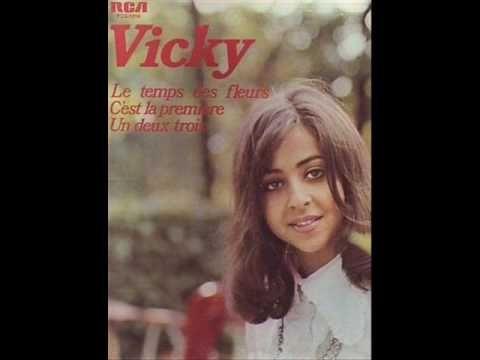 Βίκυ Λέανδρος - Μού Λείπεις - Vicky Leandros