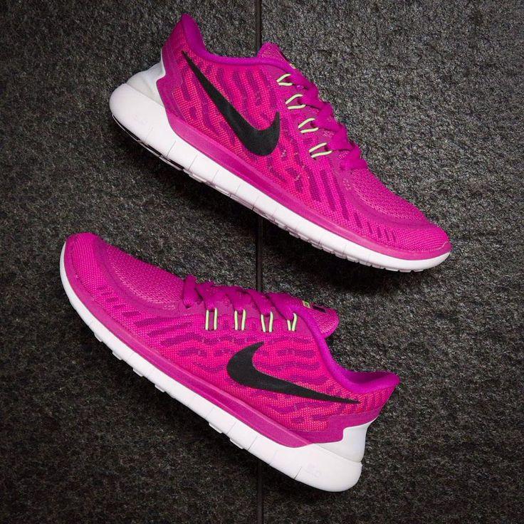 buy online 2545a 558f5 Nike Free 5.0  Fuchsia Flash Black Court Pink   Sneakers  Nike Free 5.0    Pinterest   Nike Free, Nike and Nike Free Runs