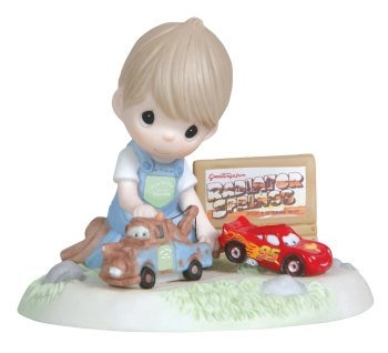Precious Moments Disney I`m Here When You Need A Lift Figurine