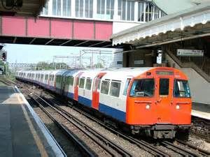 rather short of Bakerloo Line shots so far but here's car 3234 ...