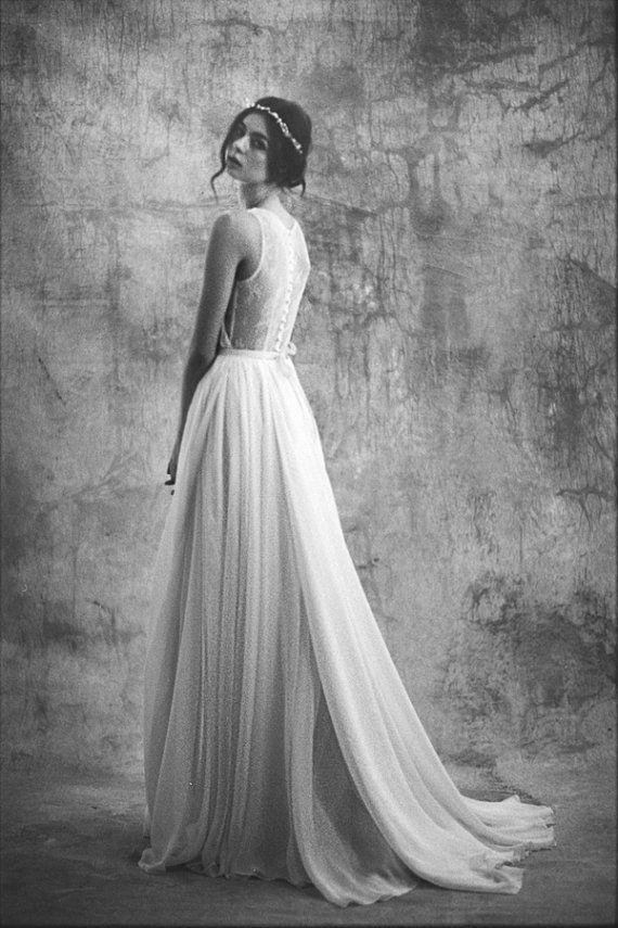 Robe de mariée de mousseline de soie et dentelle par Leanimal