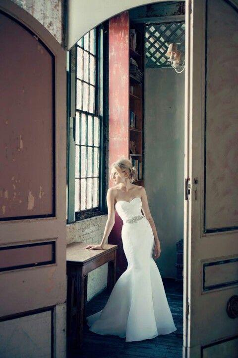 Michelle Roth | Trumpet Style Wedding Dress | Natural Waistline | Sweetheart Neckline