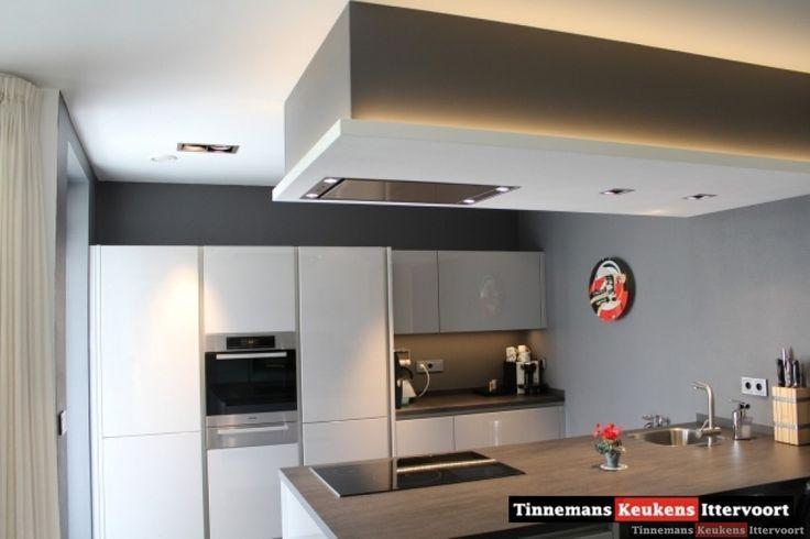 De 9 b sta keuken afzuigkap ideetjes bilderna p pinterest - Credenza voor keuken ...