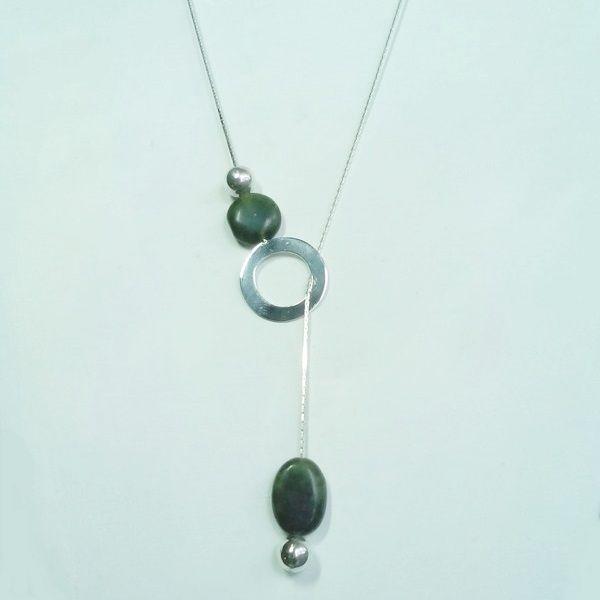 Collier maya en argent et pierres de jade