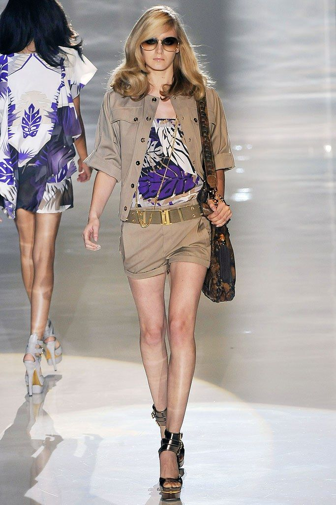 4bd3851099bd7 Gucci Spring 2009 Ready-to-Wear Collection - Vogue
