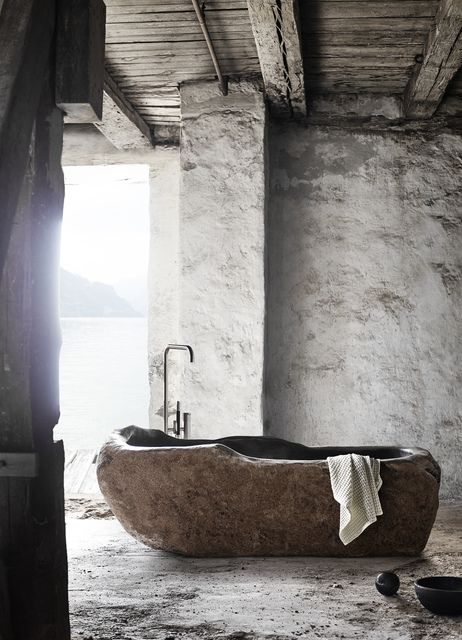 Hall 3 — Stand E96-F95 / E96  Bathtub Riverstone – MUUBS – MAISON&OBJET PARIS