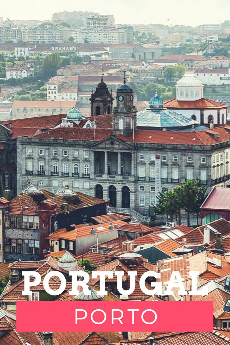 Porto, eine stimmungsvolle Stadt in Portugal. Hier wird der weltbekannte Portwein hergestellt. Direkt am Fluss Duoro findet man die bekannte Portweinkellerei Graham's.