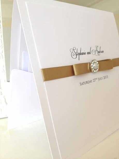 vintage gold and pearl pocket wedding invitations. www.els-design.com