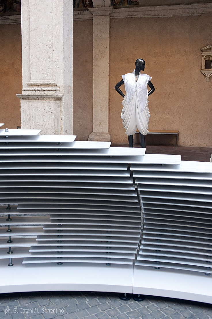 NU:S parametric installation_cloister of bramante_rome   design by: Arturo Tedeschi + Maurizio Degni   event by: Double Studio