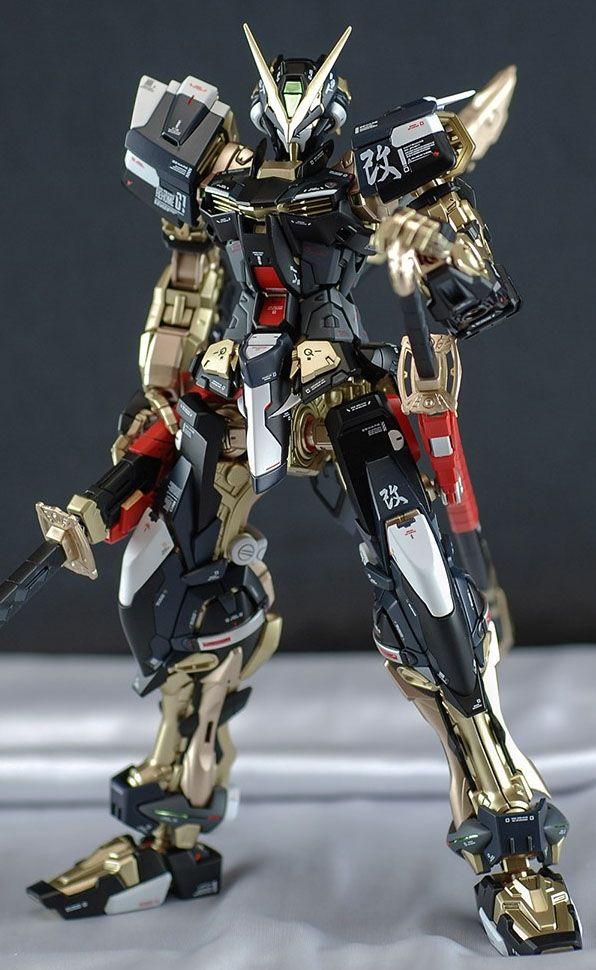 MG 1/100 Gundam Astray Red Frame - Painted Build     Images via Gunpla for Everyone