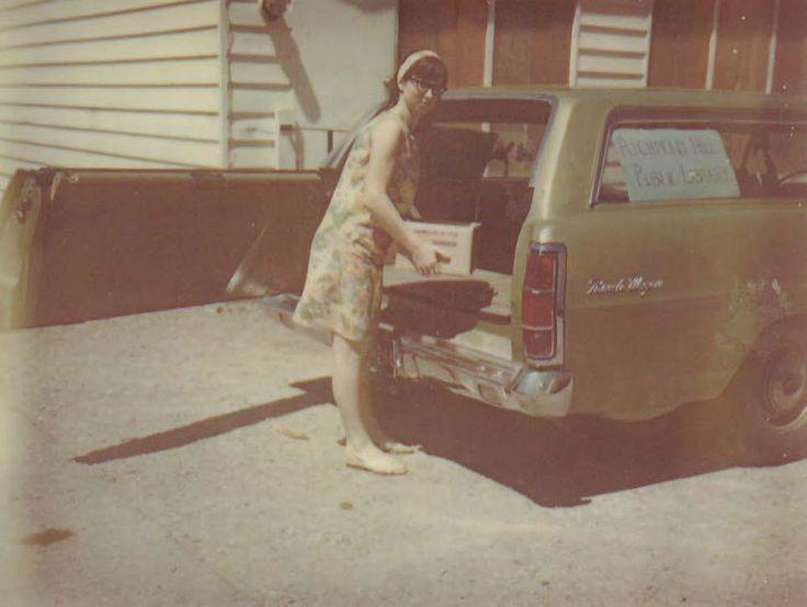 Summer 1971: Staff member Brenda Hamel providing library service from her car at Lake Wilcox Public School.   #OakRidges #LakeWilcox #RHPLibrary #RichmondHill #Library #books #children #outreach #program #knowledge #learn