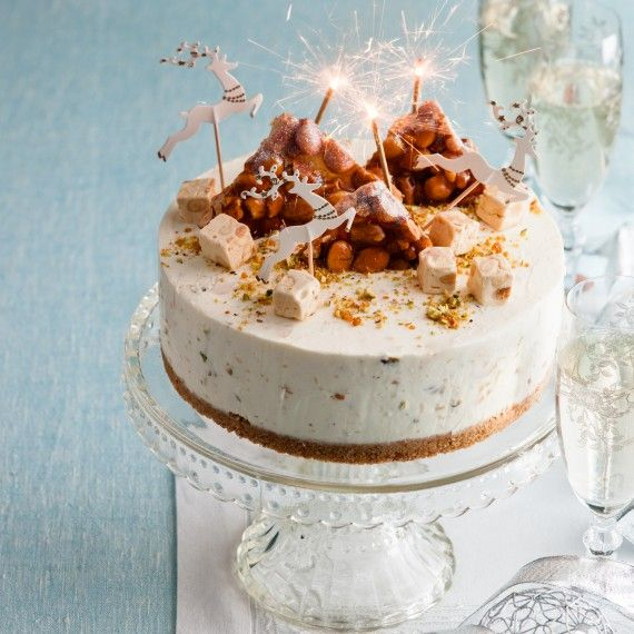 Nougat cheesecake ~ a no bake cheesecake that's easy to prepare in just 20 minutes, rich with nuts and nougat
