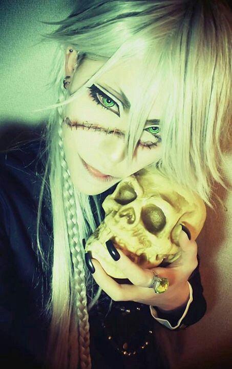 Sakuya as Undertaker. Kuroshitsuji cosplay ♥ Taken from Sakuya's Facebook