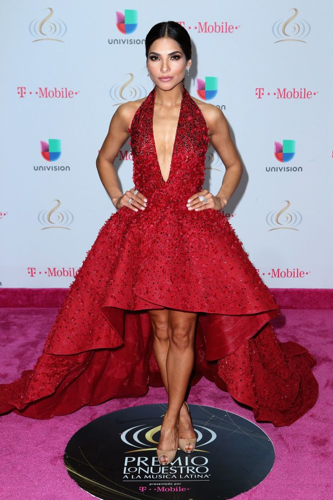 Premios Lo Nuestro - Alejandra Espinoza, de Michael Cinco