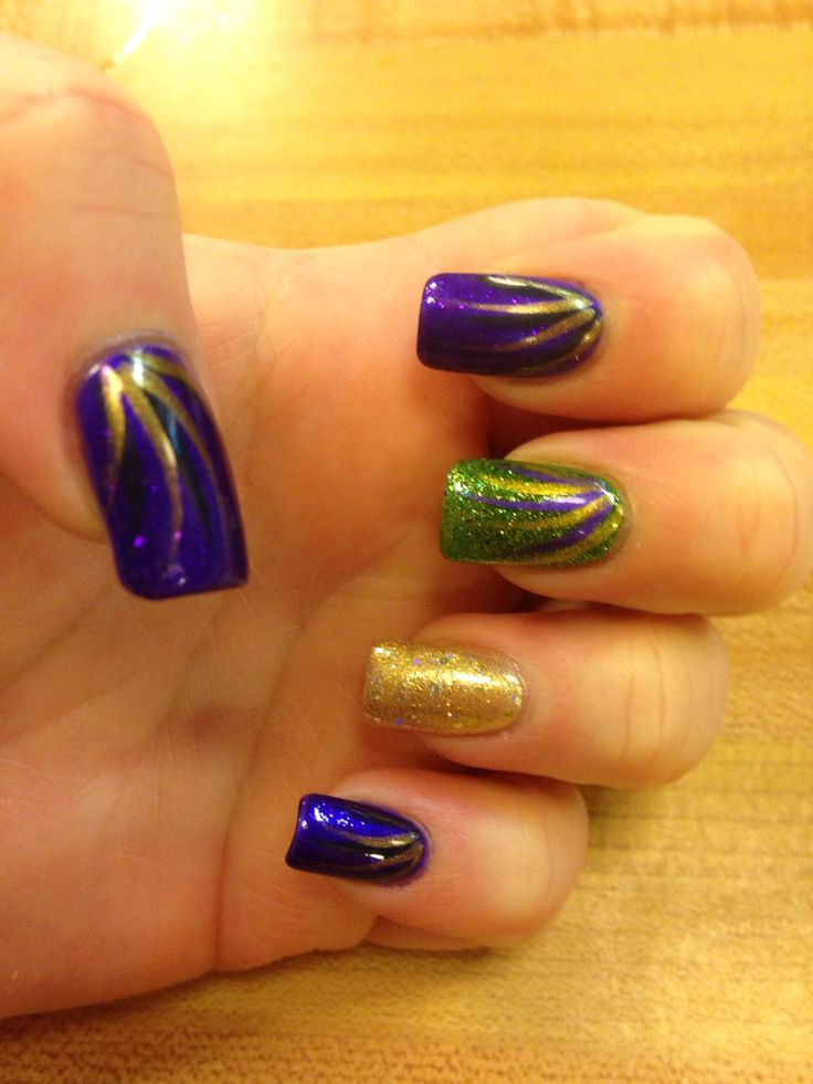 14 best Mardi Gras images on Pinterest | Belle nails, Mardi gras ...