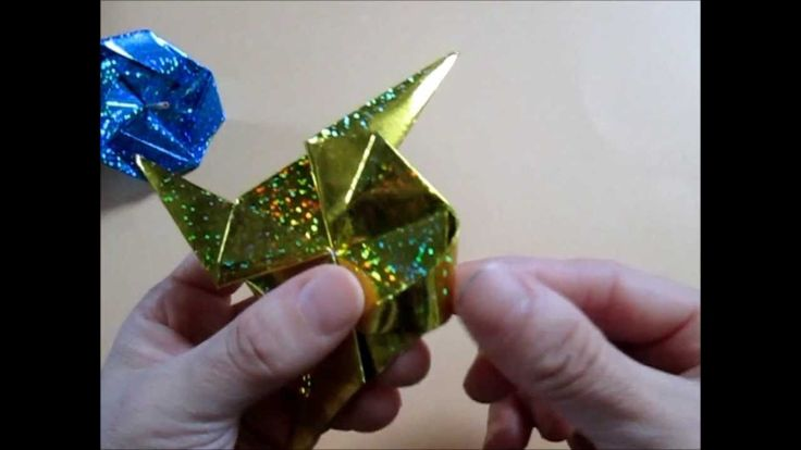 Traditional Japanese origami  折り紙  こま ***