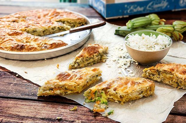 Βουτηχτή κυκλαδίτικη πίτα από την Αργυρώ Μπαρμπαρίγου | Απολαυστική πίτα με λαχανικά και τυριά, κατευθείαν απο τις Κυκλάδες!