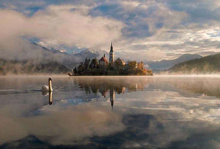 Plutôt méconnu, c'est pourtant l'un des plus beaux et charmants pays au monde que j'ai eu le bonheur de visiter,..
